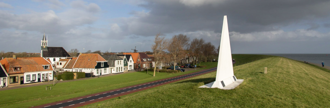 De Witte Punt op de dijk aan het Bolwerk in Oudeschild (Texel).